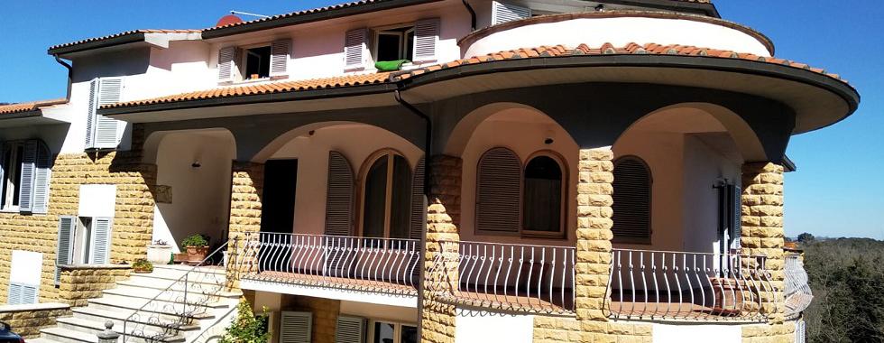 Vendita Appartamento SIENA, PERIFERIA NORD: ZONA SANTA COLOMBA. Vendesi, appartamento ristrutturato in villa...