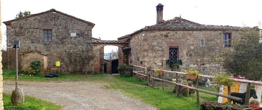 Vendita Casale/Rustico CHIANTI, A POCHI KM DA SIENA. Vendesi, complesso colonico da ristrutturare in contesto...