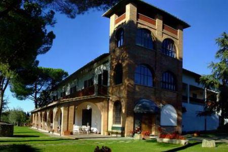 Vendita Azienda agricola BARBERINO VAL D'ELSA. Azienda agricola in posizione collinare, con vista dominante su San Gimignano...