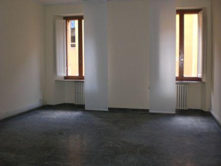 Ufficio in vendita in Centro storico Elegante ufficio centralissimo di circa 200 mq al piano terzo con ascensore.