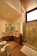 Vendita  Villa in Periferia di Siena di 375 mq e classe energetica F - Immobiliare Brogi Siena Toscana